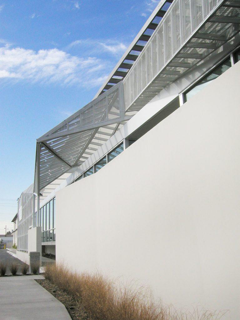 facade tectonics